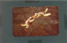 USA MASS 1962 POSTCARD 21474 SPORT PARACHUTING ORANGE MOHAWK TRAIL CENTER COURSE - Parachutisme