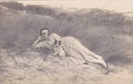 20900 Belgique, Femme Bord De Plage, 1922 - Heyst (Knokke Heist Aujourd'hui) - Belgique