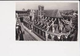 75..paris Eglise Saint Germain L'auxerrois, Facade Latérale Sud Et Tour Romane - Churches