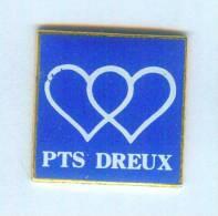 Pin's PTS DREUX (28) - Coeurs Entrelacés  - Fond Bleu - B977 - Mail Services