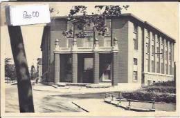 CHARLEROI : UNIVERSITE DU TRAVAIL; BATIMENT DE DIRECTION ET BIBLIOTHEQUE LANGLOIS - Charleroi