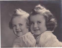 Belgique ; Photo Belgique, -enfant Sans Doute Vers 1950 -15x20cm - Personnes Anonymes