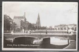AK    Breda        Brug  Bij  Willemsstr.  M.  Josephkerk       Gelaufen  1956 - Breda