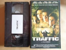 TRAFFIC  - VHS CASSETTE  FILM AVEC MICHAEL DOUGLAS - Dramma
