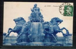 FRANCE 69.CPA.RHÔNE. LYON.CIRCULÉE 1924.FONTAINE BARTHOLDI - Lyon