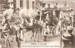 MADRID 31 MAI 1906 LES SOUVERAINS TRAVERSANT LA CALLE MAYOR AVANT ATTENTAT,TRES BEAU PLAN   REF 29496 - Familles Royales