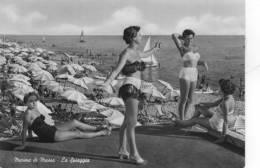 MARINA DI MASSA , La Spiaggia , Animata - Massa