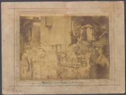 Photographie De MONTPEZAT De QUERCY  En Tarn Et Garonne - Rue De L'Hôpital - Fête Dieu - 1898 - Voir Scan - Places