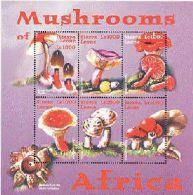 SIERRA LEONE    2356  MINT NEVER HINGED MINI SHEET OF MUSHROOMS  # M-352-2  ( - Pilze