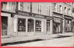 CPA 38 VOIRON Confiserie Patisserie BONNAT Au Dos Est écrit : Demandez Les Gateaux De Conserve De La Maison Bonnat - Voiron