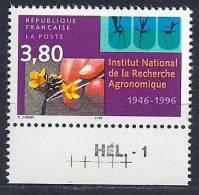 France - 100 Ans De L´Institut National De La Recherche Agronomique YT 3001** Bord De Feuille Inférieur + HEL-1 - Unused Stamps