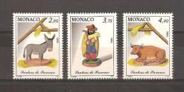 MONACO - LOT DE 3 TIMBRES NEUFS - SANTONS DE PROVENCE - Monaco