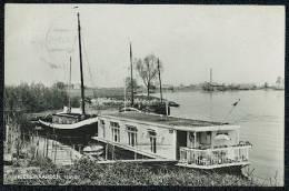 Heerewaarden, Haven - House On Boat - Pays-Bas