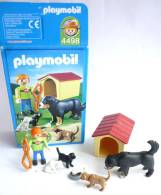 PLAYMOBIL BOITE 4498 niche et chiens