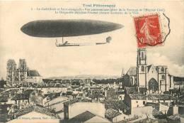 LE DIRIGEABLE ADJUDANT VINCENOT PLANANT AU DESSUS DE LA VILLE DE TOUL - Dirigeables