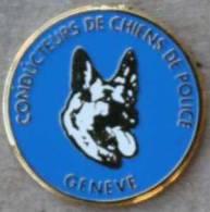 CONDUCTEURS DE CHIENS DE POLICE - BERGER ALLEMAND - BLEU - GENEVE - DOG - POLIZEI - HUNDE - SUISSE - Police