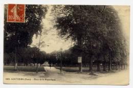 K20 - LOUVIERS  - Place De La République (1910) - Louviers