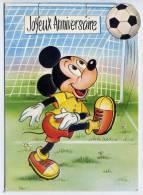 JOYEUX ANNIVERSAIRE--Carte Avec Système POP-UP  Mickey (mouse) Joue Au Football Avec Ses Amis --carte Gaufrée--n° 8512 - Disney