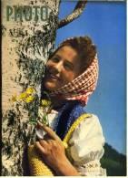 Photo Magazin - Zeitschrift Vom Mai 1953 Mit : Die Indiskrete Kamera - Massarbeit Beim Selbstentwickeln - Photographica