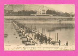 CPA  FRANCE  38   -  VIENNE  -  27  Manœuvres De Pontage Sur Le Rhône - Passage Des Troupes D´infanterie  ( En 1902 ) - Vienne