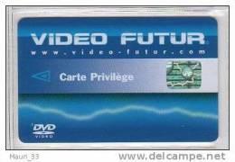 """VIDEO FUTUR - Carte """"PRIVILEGE """"  Fl�che bleue -Dos Video Futur 2 fois - TBE"""