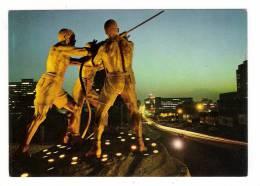 SOUTH AFRICA  /  JOHANNESBURG  /  GOLDEN  LIGHTS  ON  THE  MINERS ' MONUMENT  ( Mines Et Mineurs ) - Afrique Du Sud