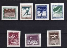 HONGRIE  1925   N°  371  ET  +  NON  DENTELES  N** - Neufs