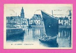 CPA  FRANCE  44   -  LE CROISIC   -  16  L'Entrée Du Port  ( Années 30 )  Animée - Le Croisic