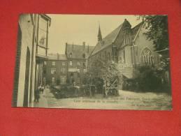 GENT - GAND - Maison De La Sainte Famille, Institut Chirurgical - Cour Intérieure De La Chapelle - Gent