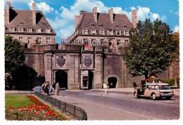 Saint-Malo - La Porte Saint Vincent(Citroën DS Break) - Saint Malo