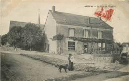"CPA FRANCE 37 ""Saunay, La Rue De L'Eglise"" - France"