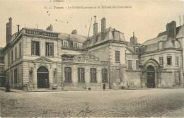 TROYES      CREDIT LYONNAIS  TRIBUNAL DE COMMERCE - Bancos