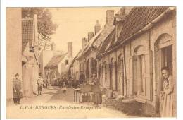 BERGUES - NORD - RUELLE DES REMPARTS - TRES BELLE ANIMATION - Bergues