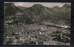 FRANCE 38.CPSM.(ISÈRE).GRENOBLE.V UE AERIENNE GENERALE  CIRCULÉE 1957.AVEC TIMBRE - Grenoble