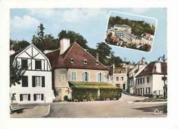CPSM Colorisée Dentelée Voyagée En 1970 /  Bourbon-Lancy Thermal / Place Saint-Léger  / CP 8/382 - France