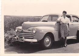 21018- 6 Photos Originales  6x9cm Femme Sans Doute Belge Belgique Vers 1950 -vieille Voiture