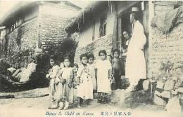 : Réf : N-12- 0015  : House & Child In Korea - Corée Du Sud