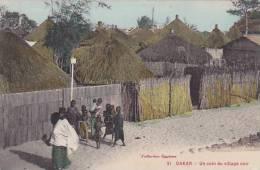 Senegal Dakar Un Coin Du Village Noir - Senegal