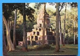 ANGKOR( Cambodge) Le Temple De Basei Chamkrong - Cambodia