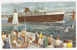 """TRANSPORT SHIPS STEAMERS """"BADGER"""" JAMMED CORNER OLD POSTCARD - Paquebots"""