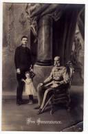 "ROYAL FAMILIES EMPEROR FRANZ JOSEF ""THREE GENERATIONS"" JAMMED CORNER OLD POSTCARD - Royal Families"