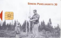 Finland, D234, Haymakingsense, 2 Scans. - Finlande