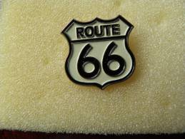 Pin´s     ROUTE  66 - Motorbikes