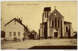 77-COMBS-la-VILLE-Place De L´Eglise -animée - Combs La Ville