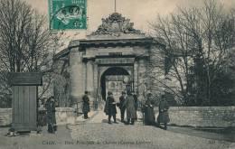 CAEN - Porte Principale Du Château (caserne Lefebvre) - Caen