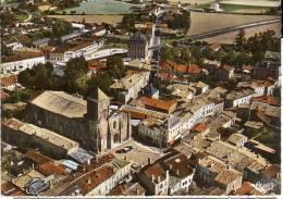 BARBEZIEUX: Le Centre De La Ville Avec L'église, La Poste Et Le Groupe Scolaire - Autres Communes