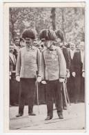 ROYAL FAMILIES EMPEROR FRANZ JOSEF JAMMED CORNER OLD POSTCARD - Royal Families