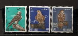 Arabie Du Sud-Est Abu Dhabi 1965 N° 12 / 4 ** Faune, Oiseaux, Faucons De Chasse, Gant, Mains - Abu Dhabi