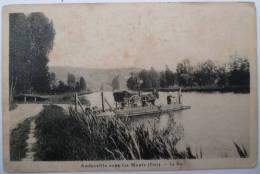 27 : Amfreville Sous Les Monts - Le Bac - Animée - Attelage - Charette - Cheval - Petites Taches Brunes - France