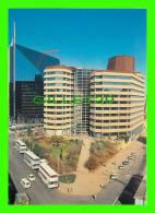 JOHANNESBURG, SOUTH AFRICA - STOCK EXCHANGE - ANGLO AMERICAN HEAD QUARTER´S DIAGONAL STREET - WAYRON POSTCARD DIST - - Afrique Du Sud